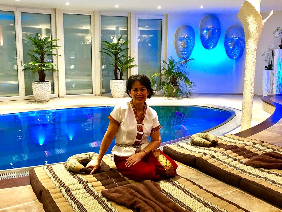 luxfit massage stuttgart buchen sie jetzt eine wellness massage. Black Bedroom Furniture Sets. Home Design Ideas