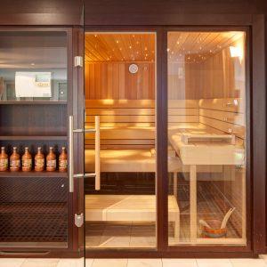 wellness gutschein private spa fr bis so feiertage luxfit stuttgart. Black Bedroom Furniture Sets. Home Design Ideas