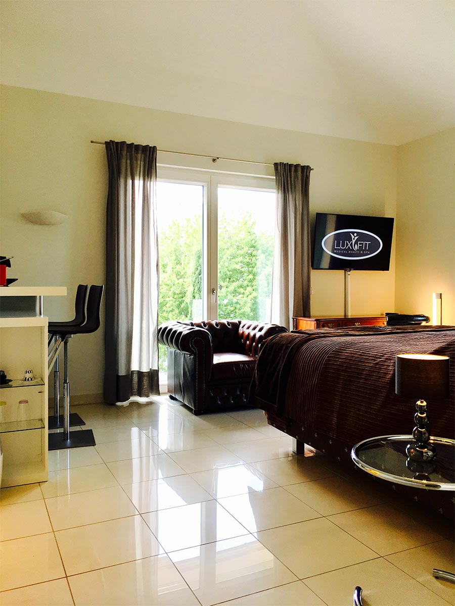 Junior Suite inkl. 4 Std. Privat Spa - Mo. - Do. - LuxFit Private ...